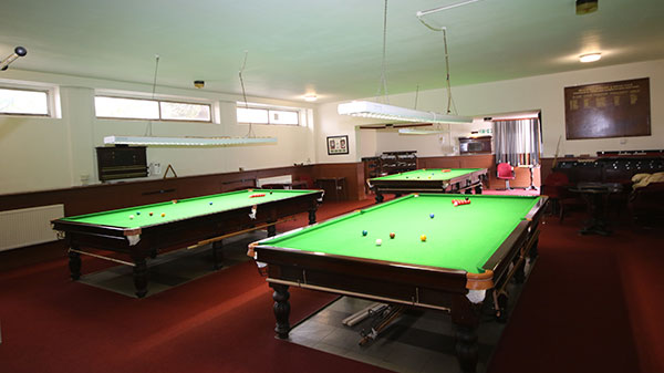snooker-hall